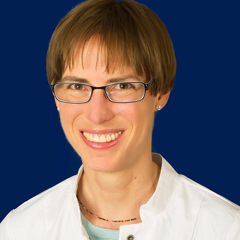 Dr. med. Katharina von Hof